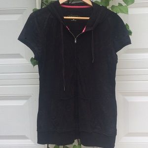 Maurice's black, hooded, short sleeve zip up